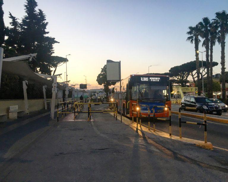 alibus vliegveld napels openbaar vervoer