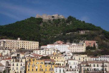 kasteel, salerno. salerno travel, tips