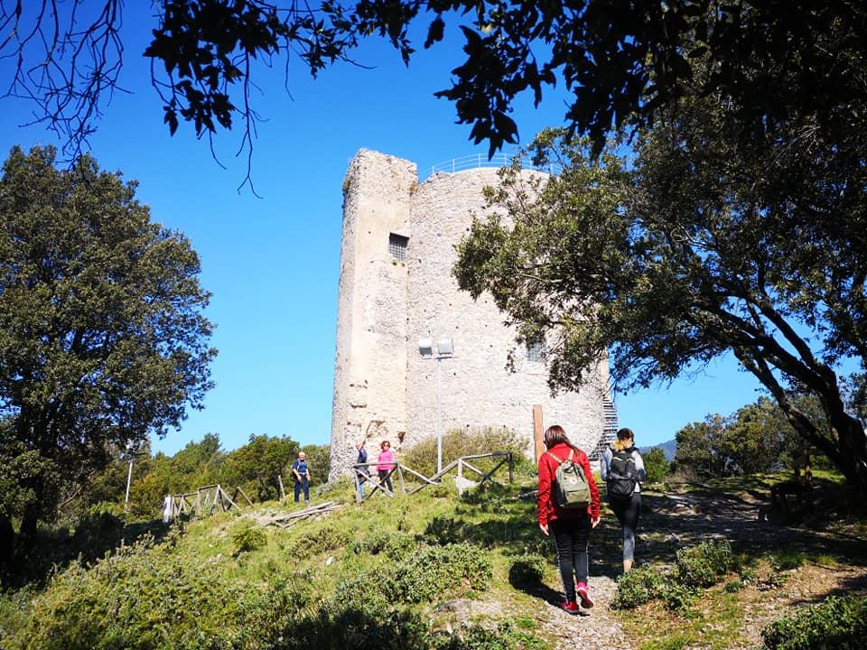 kasteel arechi, bastiglia, toren, salerno, bezienswaardigheden