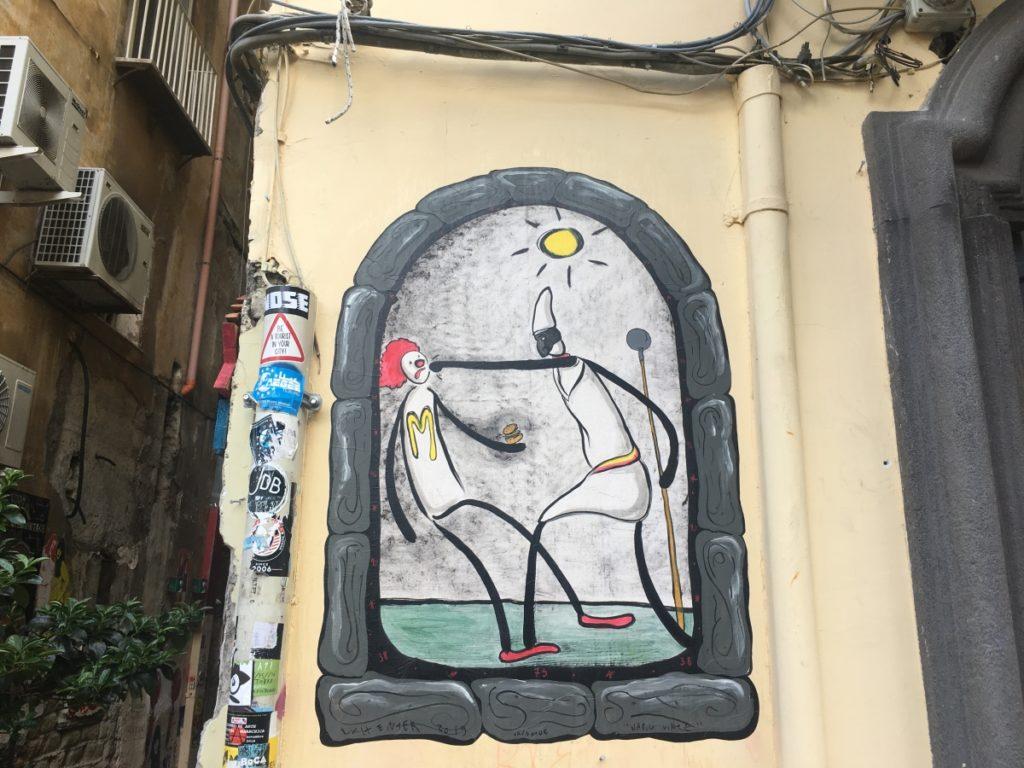 pulcinella napels street art exit enter