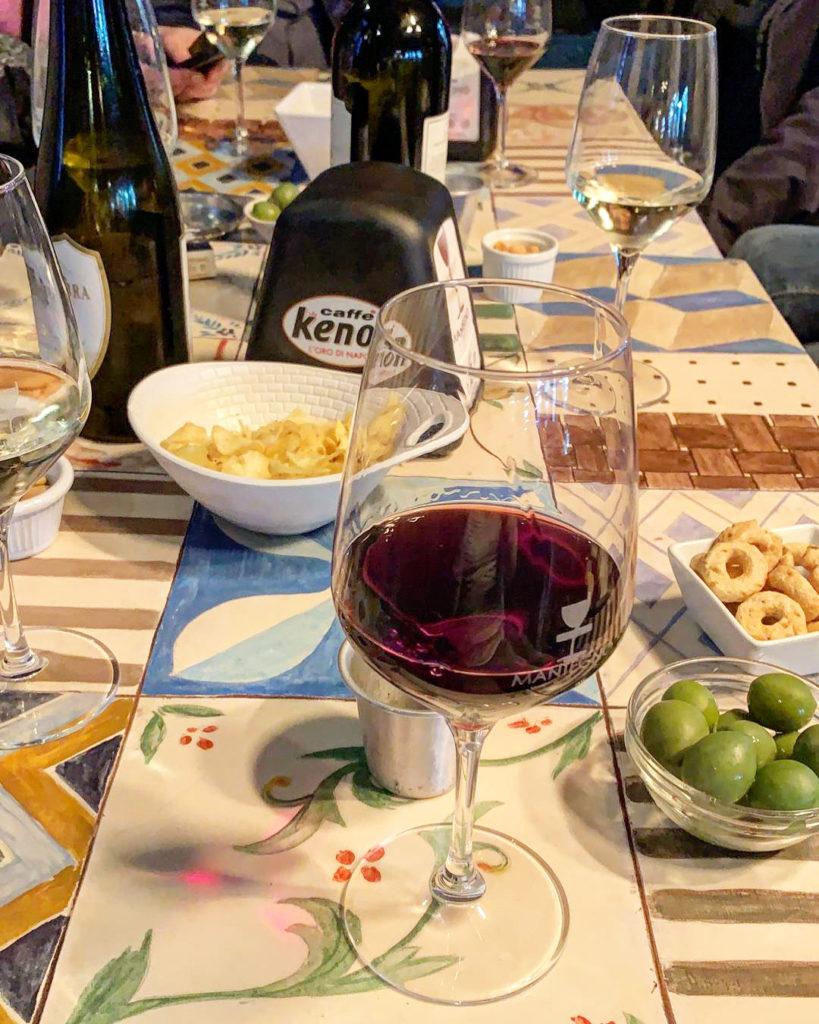 wijn napels wijnbar uitgaan napoli